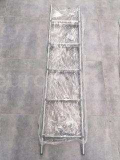Escalera 5 escalones 130 cm para litera autocaravana 1
