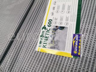 Suelo avance 300 x 600 Brunner Kinetic 600 g/m2 gris alfombra avance camping